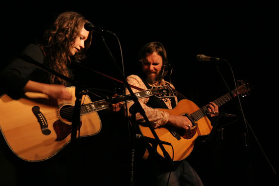 Sarah Lee Guthrie Johnny Irion live review