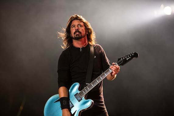 Foo Fighters by Alex de Mora