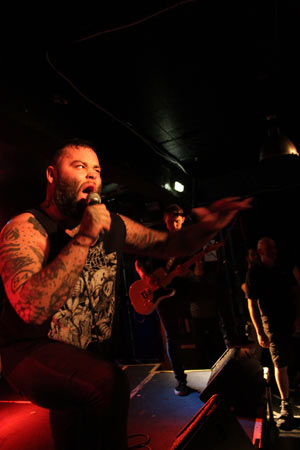 Gallows live in Glasgow