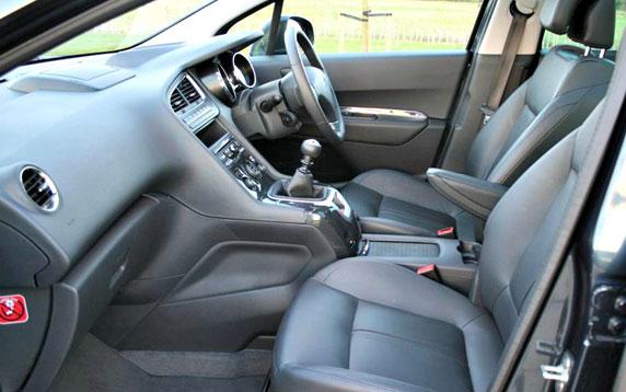 Peugeot 5008  (Sport HDi 112 & Allure HDi 150)