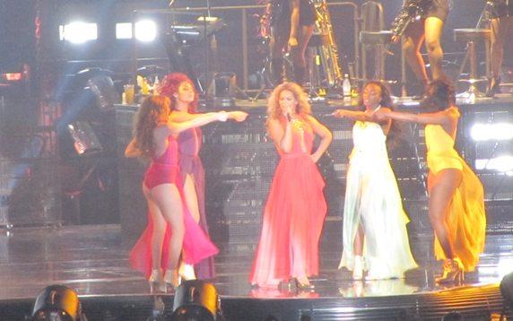 Live: Beyoncé's 'Mrs Carter Show'