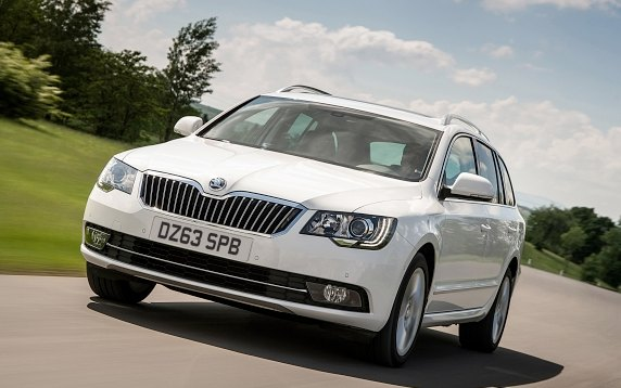 skoda superb laurin klement 2 0 tdi estate flush the fashion. Black Bedroom Furniture Sets. Home Design Ideas