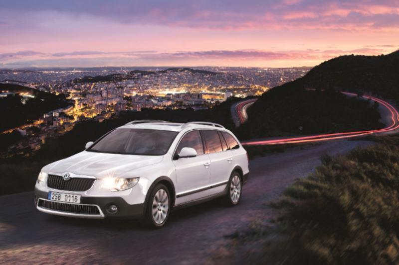 Car Review: Skoda Superb SE 2.0 TDI Outdoor Estate