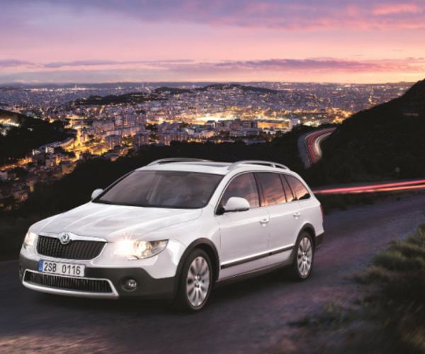 Car Review: Skoda Superb SE 2.0 TDI Outdoor Estate