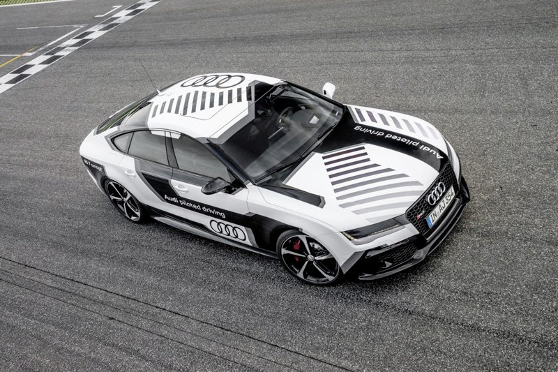 Audi R7 Automated Driver