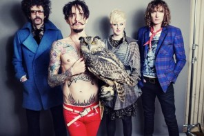 Music: The Darkness – Barbarians