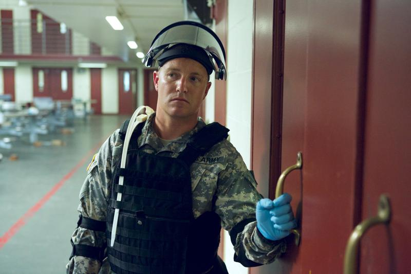 Camp-X-Ray-film-review2