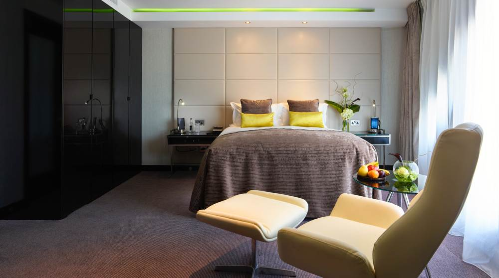 London Fashion WEek - Where to stay - M by Montclam