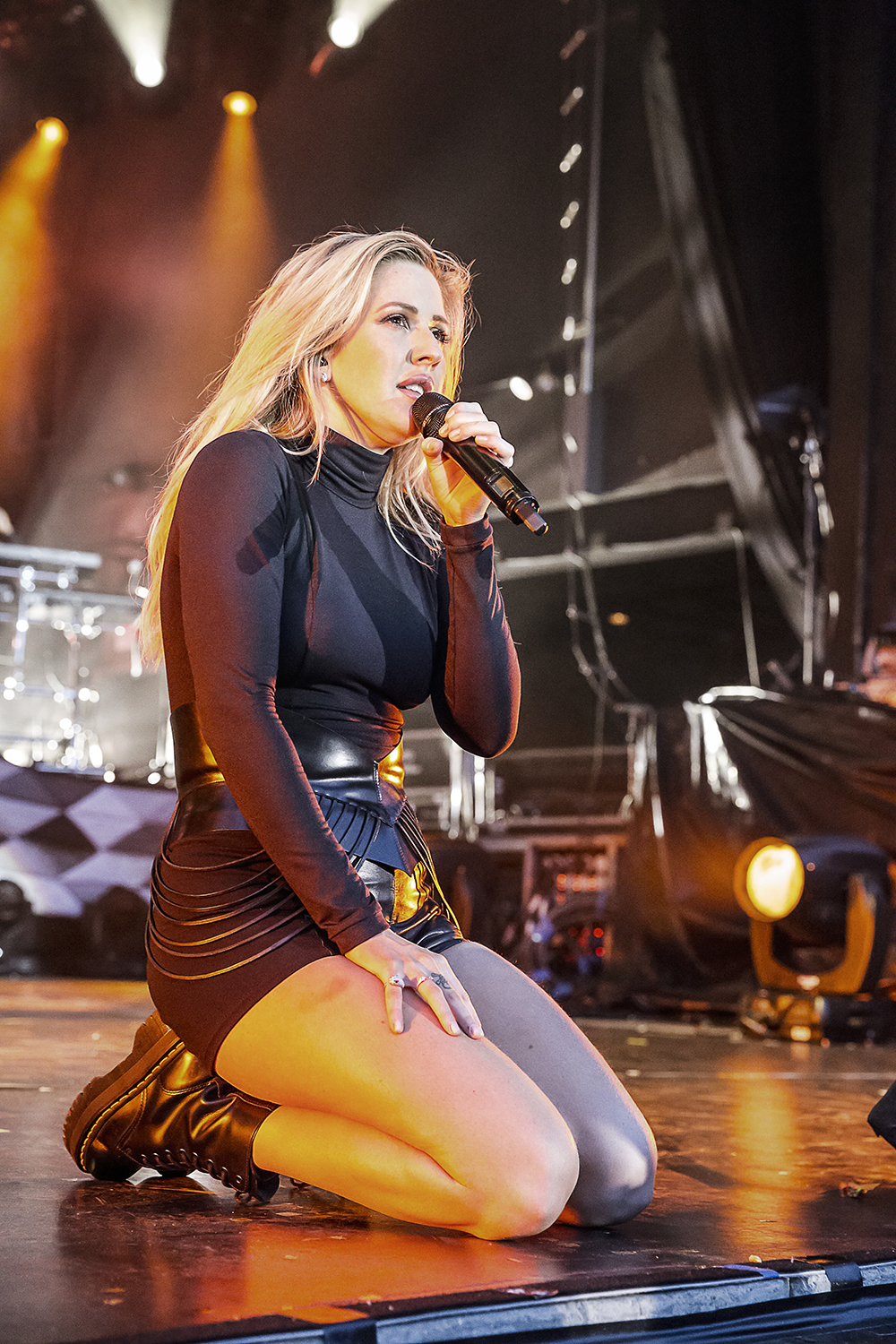 Ellie_Goulding_May102016_0530