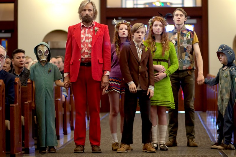 Shree Crooks stars as Zaja, Viggo Mortensen as Ben, Samantha Isler as Kielyr, Nicholas Hamilton as Rellian, Annalise Basso as Vespyr, George MacKay as Bo and Charlie Shotwell as Nai in CAPTAIN FANTASTIC