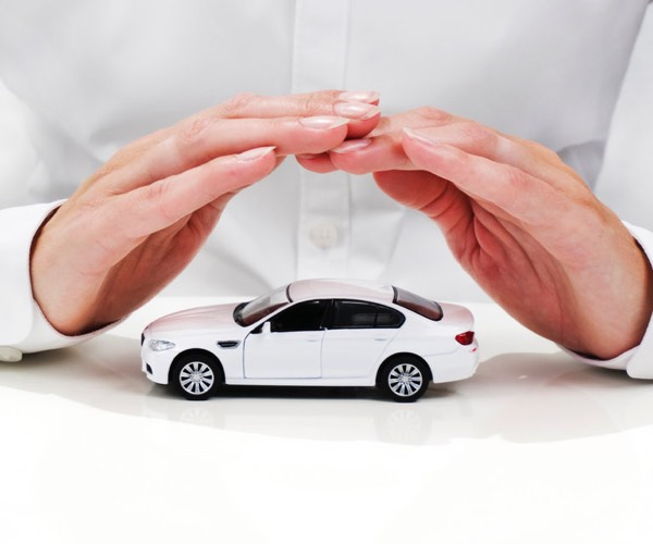 how to get lower car insurance