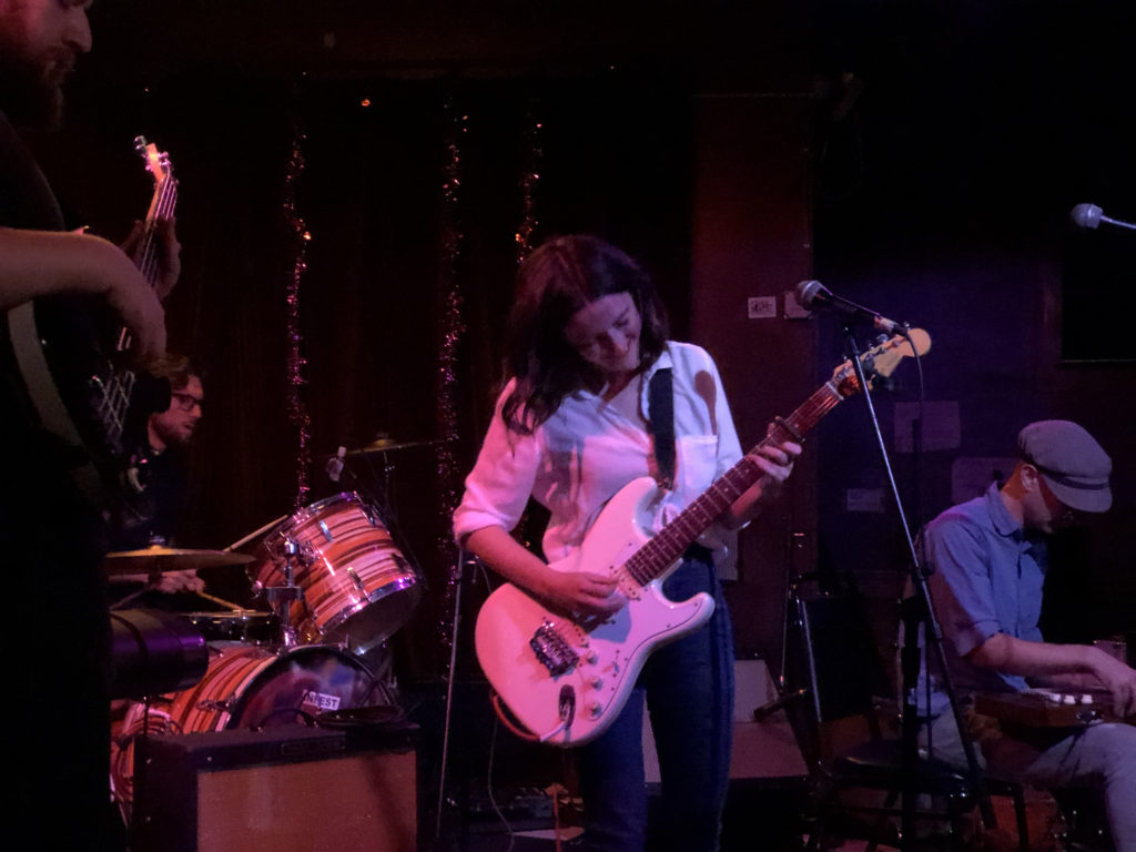 Mery Steel; full band onstage live at Ace of Cups in Columbus, Ohio, 2019, photo: Oh Yeah Publicity