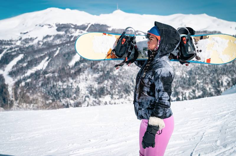 How to be the Most Stylish Snowboarder on the Slopes